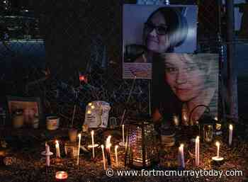 Photo Story: Candlelight vigil for Jenn Donovan - Fort McMurray Today