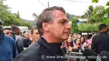 Kein Impf-Nachweis: Bolsonaro muss bei Fußballspiel draußen bleiben