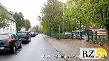 Es wird eng auf den Straße vor Wolfenbüttels Grundschulen
