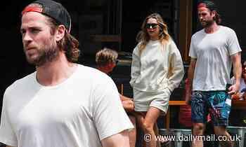 Freedom Day: Liam Hemsworth Gabriella Brooks dine out in Byron Bay - Daily Mail