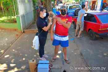 Ante nula concurrencia, implementan vacunatorios móviles en Villarrica - ABC Color