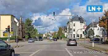 Lübecker Autofahrer schläft bei laufendem Motor an Kreuzung ein