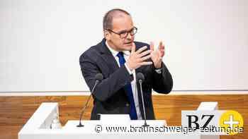 Kultusminister Tonne verspricht mehr Lehrer