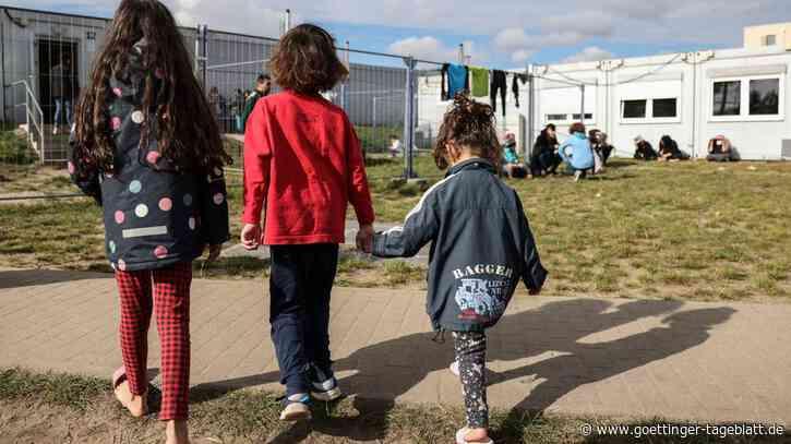 """""""Inzwischen kommen mehr Familien"""": Die neue brutale Flüchtlingsroute über Belarus"""