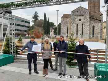 Natale a Udine, torna la pista da pattinaggio in piazza Venerio - Diario FVG