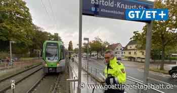 Schüler läuft in Ricklingen gegen Stadtbahn