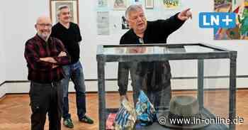 Als sie Joseph Beuys den Hut klauten – Ausstellung der Gruppe YIUP in Lübeck