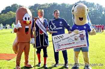 Nach mieser Saison - Trostbratwurst-Pokalfür den FC Schalke 04 - inSüdthüringen