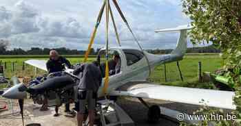 Een vliegtuig uit een maïsveld halen, doe je zo - Het Laatste Nieuws