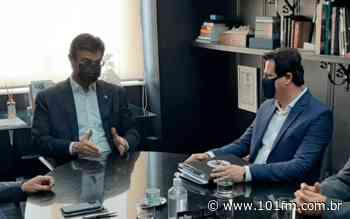Prefeito de Jaboticabal, Prof. Emerson (PATRIOTA) está em São Paulo para reunião com o vice-governador Rodrigo Garcia (DEM) - Rádio 101FM