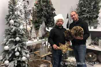 """Bloemenwinkel nu al volledig in kerstmodus met speciale pop-up: """"We verwachten dat dit jaar alles uit de kast wordt gehaald"""""""