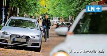 Radweg in der Lübecker Roeckstraße wird erneuert: Radfahrer müssen auf die Straße