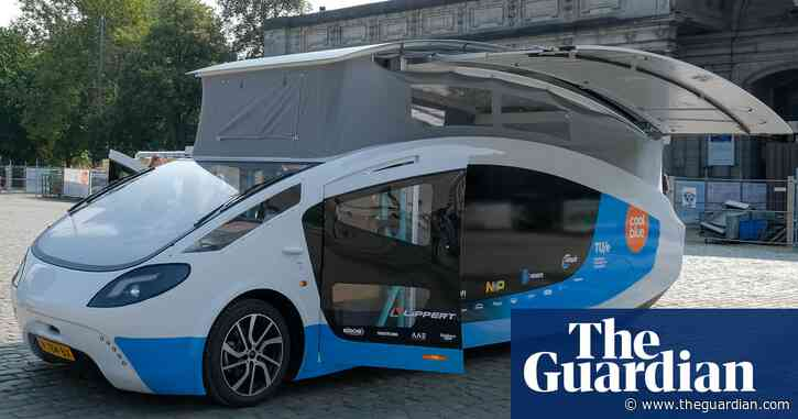 Students' solar-powered camper van turns heads on 1,800-mile road trip