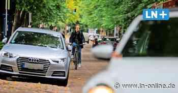 Radweg in der Lübecker Roeckstraße wird zurückgebaut: Radfahrer müssen dauerhaft auf die Straße