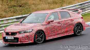 Honda Civic Type R spied on video doing its first Nurburgring lap