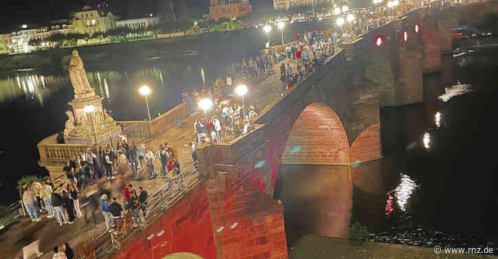 Heidelberg:  Anwohner der Alten Brücke klagen über Lärm,Dreck undRandale