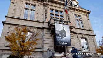 Gedenken an ermordeteten Lehrer Samuel Paty in Frankreich