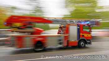 Wohnungsbrand bei Hannover: Ein Toter und vier Verletzte