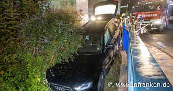 Lichtenfels: Spektakulärer Rettungseinsatz - Auto droht auf Bahngleise zu stürzen