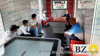 Info-Truck lädt Peiner Gesamtschüler zur Entdeckungstour ein