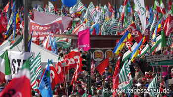 Zehntausende bei Demo gegen Faschismus in Rom