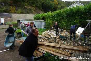 """IN BEELD. 200 Kempense vrijwilligers aan het werk in overstroomde dorp Prayon: """"Geen eindpunt, maar een startdag"""""""