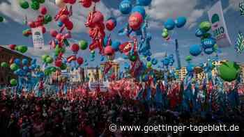 Rom: Zehntausende bei Demo gegen Faschismus