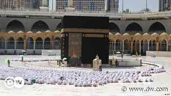 Coronavirus digest: Mecca Grand Mosque drops social distancing - DW (English)