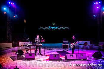 SHE PAST AWAY / CARPET WAVES: Gelsenkirchen, Circus Probst (22.08.2021) - Monkeypress.de - Das Musikmagazin für Rock, Indie, Gothic, Alternative, Metal, Electro und mehr