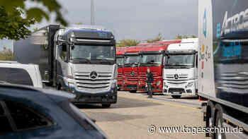Lkw-Fahrer dringend gesucht: Drohen britische Verhältnisse?