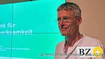 Patienten stellen Long-Covid-Fragen in Lebenstedt