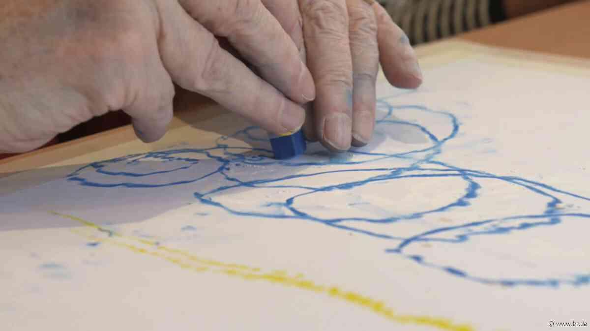Staub von der Seele waschen: Kunsttherapie am Klinikum Nürnberg - BR24