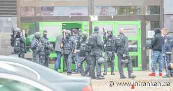 """Nürnberg: """"Mögliche Bedrohungslage"""" an Berufsschule - Polizei im Großeinsatz"""