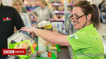 Asda to hire 15,000 workers ahead of Christmas