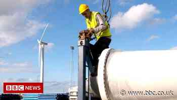 Foreign investment deals to create 30,000 UK jobs, says government