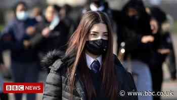 Covid in Scotland: Face mask rules to remain in Scottish schools