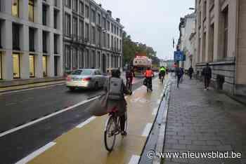 Wetstraat heeft voortaan okergele fietspaden