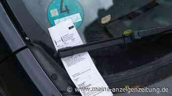 Auto bei Gottesdienstbesuch falsch geparkt – Frau soll jetzt unverschämt hohe Gebühr zahlen