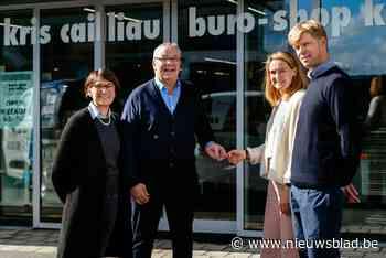 """Evy (42) en Stijn (37) nemen winkel over van Kris (60) en Ann (56): """"Het stond in de sterren geschreven"""""""