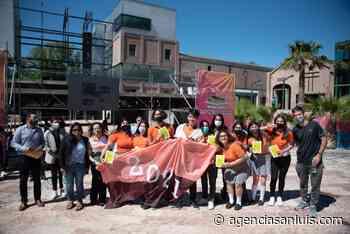 """Alrededor de 1.200 estudiantes de Villa Mercedes recibieron sus estampillas """"Ahorro para mi Futuro"""" - Agencia de Noticias San Luis"""