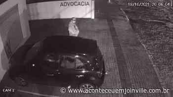 Câmera de segurança registra furto de documentos no Anita Garibaldi – Aconteceu em Joinville   Notícias diárias de Joinville e região - Aconteceu em Joinville