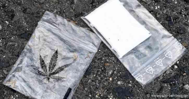 Jugendgruppe soll Drogenhandel betrieben haben