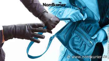 Polizei sucht Beutel-Räuber auf dem Datzeberg in Neubrandenburg - Nordkurier