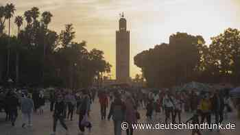 Newsblog zum Coronavirus +++ Marokko kappt den Flugverkehr mit Deutschland +++ - Deutschlandfunk