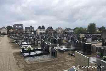 Herdenkingsmoment voor overledenen tijdens de coronacrisis (Grobbendonk) - Gazet van Antwerpen Mobile - Gazet van Antwerpen