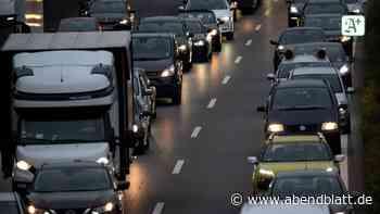 Verkehr Hamburg: Lkw rast in Leitplanke auf der B5 – Stau im Berufsverkehr