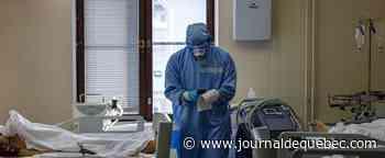 Dans un hôpital de Moscou, l'interminable défilé des morts de la COVID-19