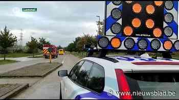 Industrieterrein afgesloten nadat vrachtwagen gevaarlijke stof verliest in Lommel