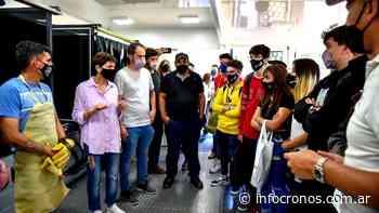 Mayra Mendoza visitó las instalaciones de la Expo Quilmes Educa 2021 - Cronos noticias
