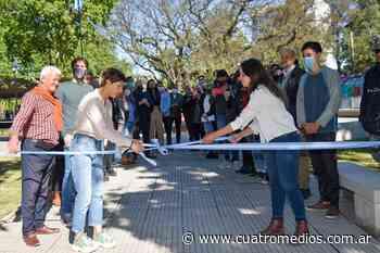 Quilmes: Mayra Mendoza inauguró la remodelación de la plaza Irigoyen - Cuatro Medios
